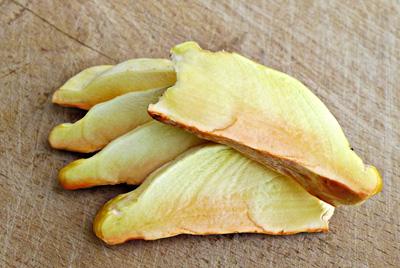 Sírovec žlutooranžový má vkuchyni specifické použití