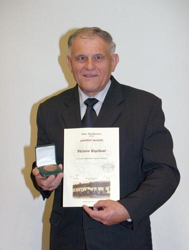 Oceněný Václav Koplík zMK Ratíškovice, dlouholetý člen ČMS