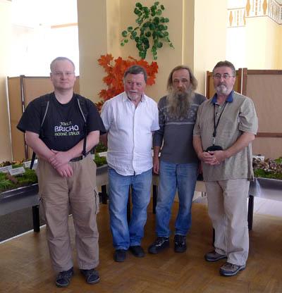 Uprostřed zleva přátelé Gallo aTraxler zMK Šluknov