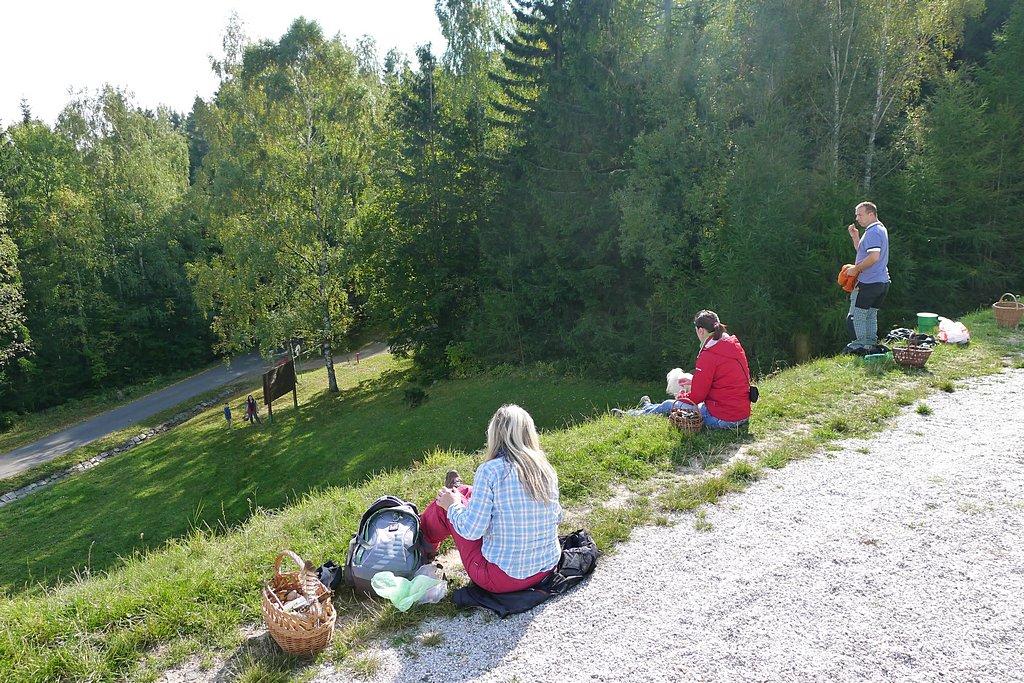 oběd na hrázi VD Pilská - foto: Martin Kříž