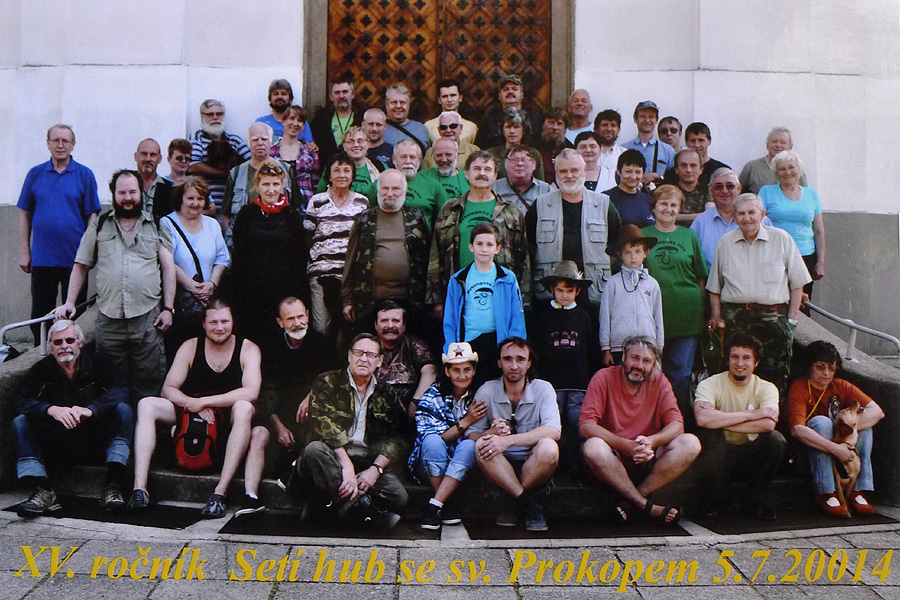 společné foto účastníků akce