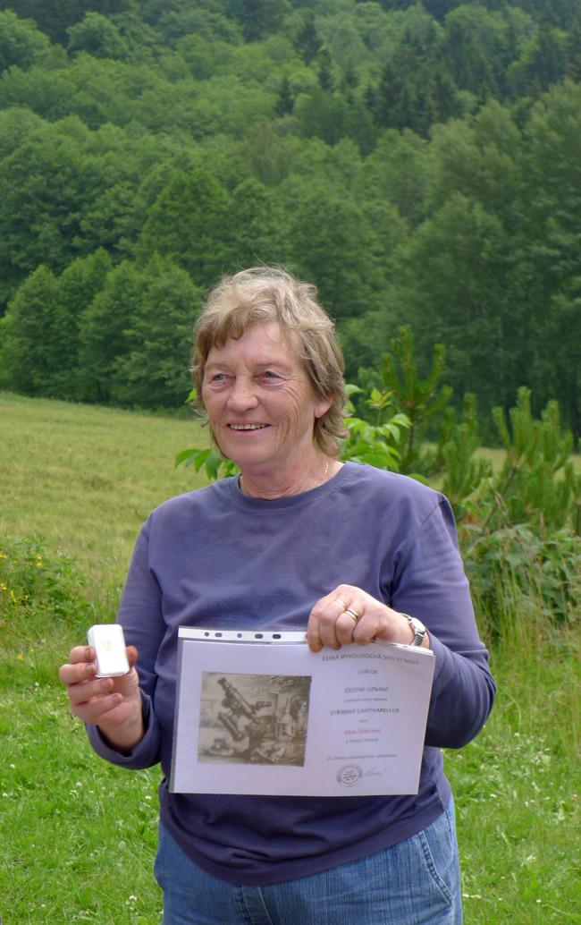 Olga Schillerová soceněním stříbrný Cantharellus - foto: Petr Hampl