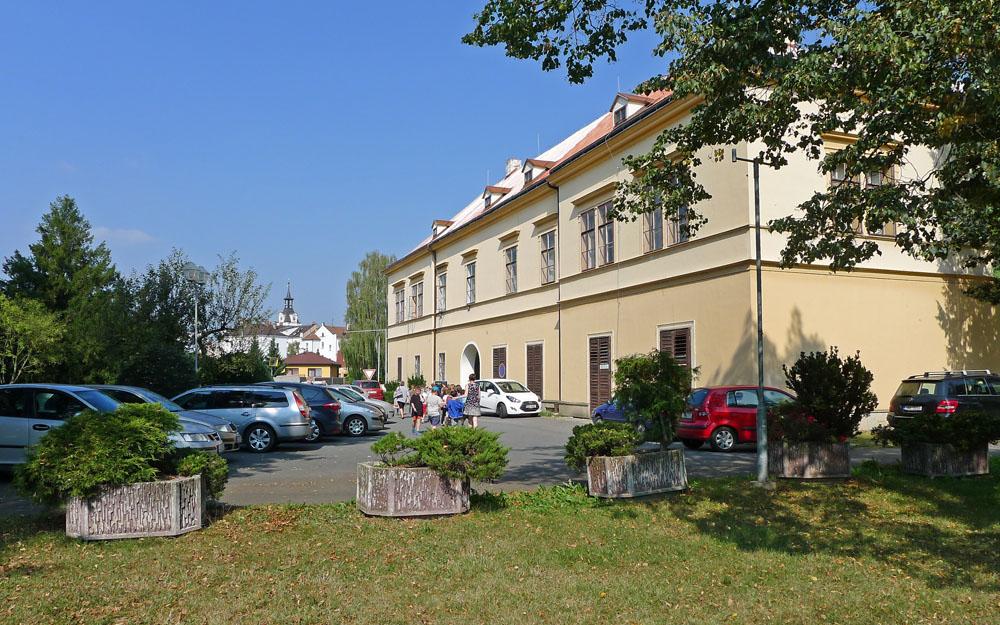 zámek vChocni - místo konání letošní Celostátní výstavy hub