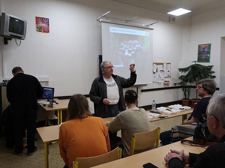 přednáška ČMS, ilustrační foto